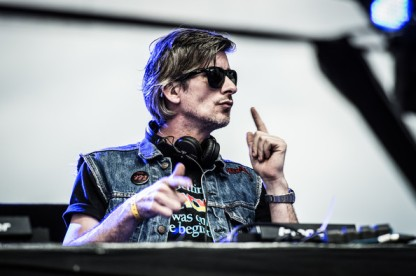 Kavinsky live london